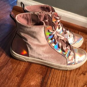 Justice Holographic Suede Ribbon Tennis